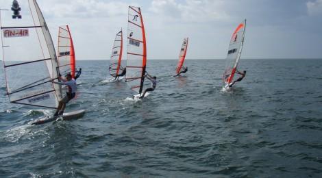Kilpailukutsu purjelautailun 1. GrandSlam-kilpailuun