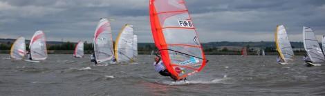 Raceboard-luokan MM-kilpailuissa suomalaiset MM-mitaleilla Tsekin Nove Mlynyssä