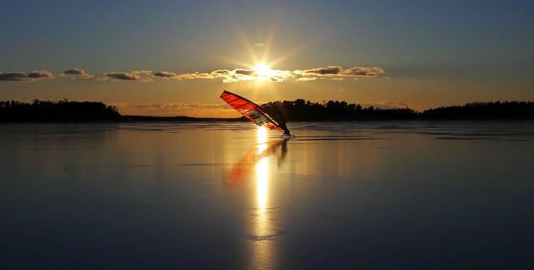 Jääsurffauksen Slalom SM -kisat huhtikuun alussa!