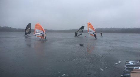 Talvipurjehtijain Slalom SM 2018 maaliin